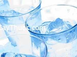 1-20140522-0310-water-diet-benefits-of-drinking-cold-water-1400915073362