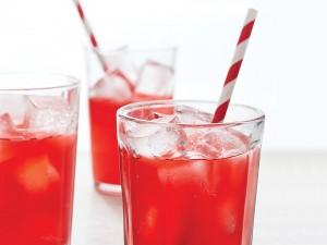 nhoi-mau-co-tim-vi-thoi-quen-uong-nuoc-soda-1